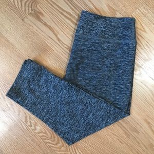 Beyond Yoga Capri Space-dye Leggings